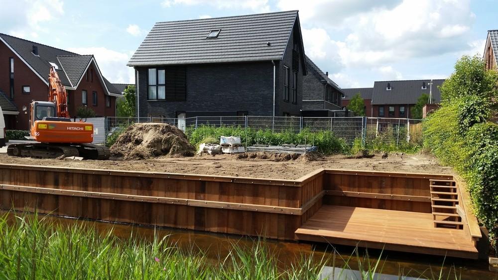 Amersfoort houten damwand bij nieuw te bouwen huis for Houten huis laten bouwen